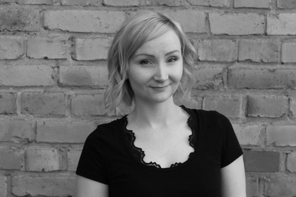 Johanna Lehtisaari, talous- ja hallintosihteeri